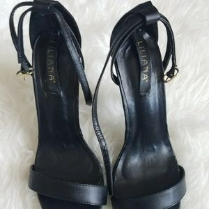 Liliana Shoes - Black strappy heels